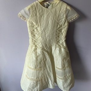 Other - Made In Italy, girls beige crepe taffeta dress